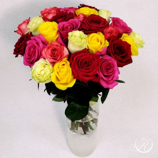 Букет из разноцветных роз заказать с доставкой
